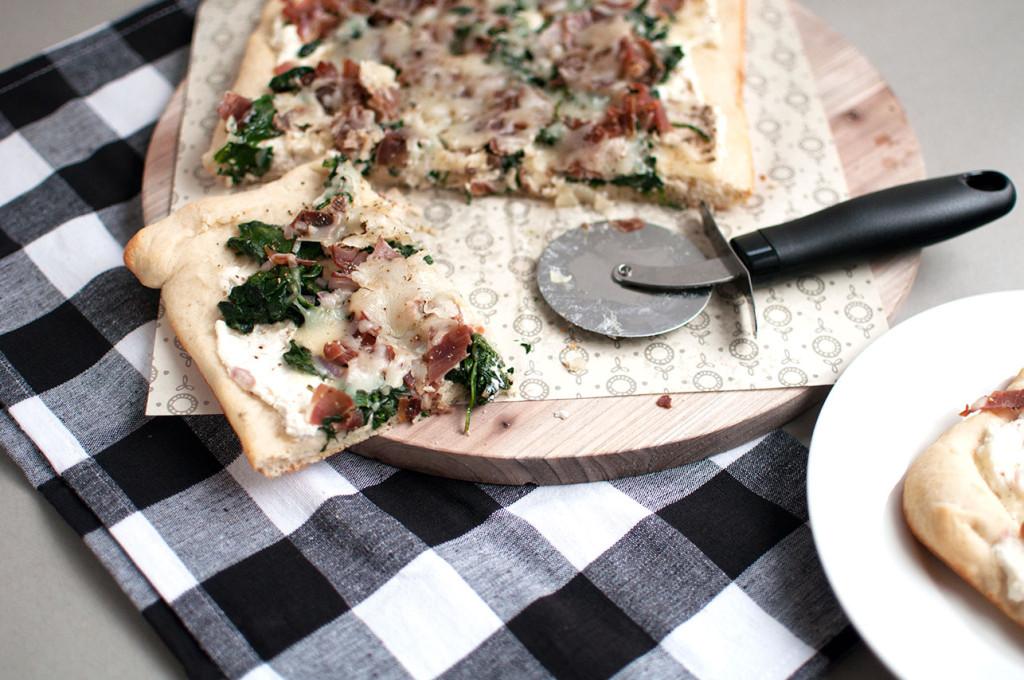 Spinach-Prosciutto-Pizza-4