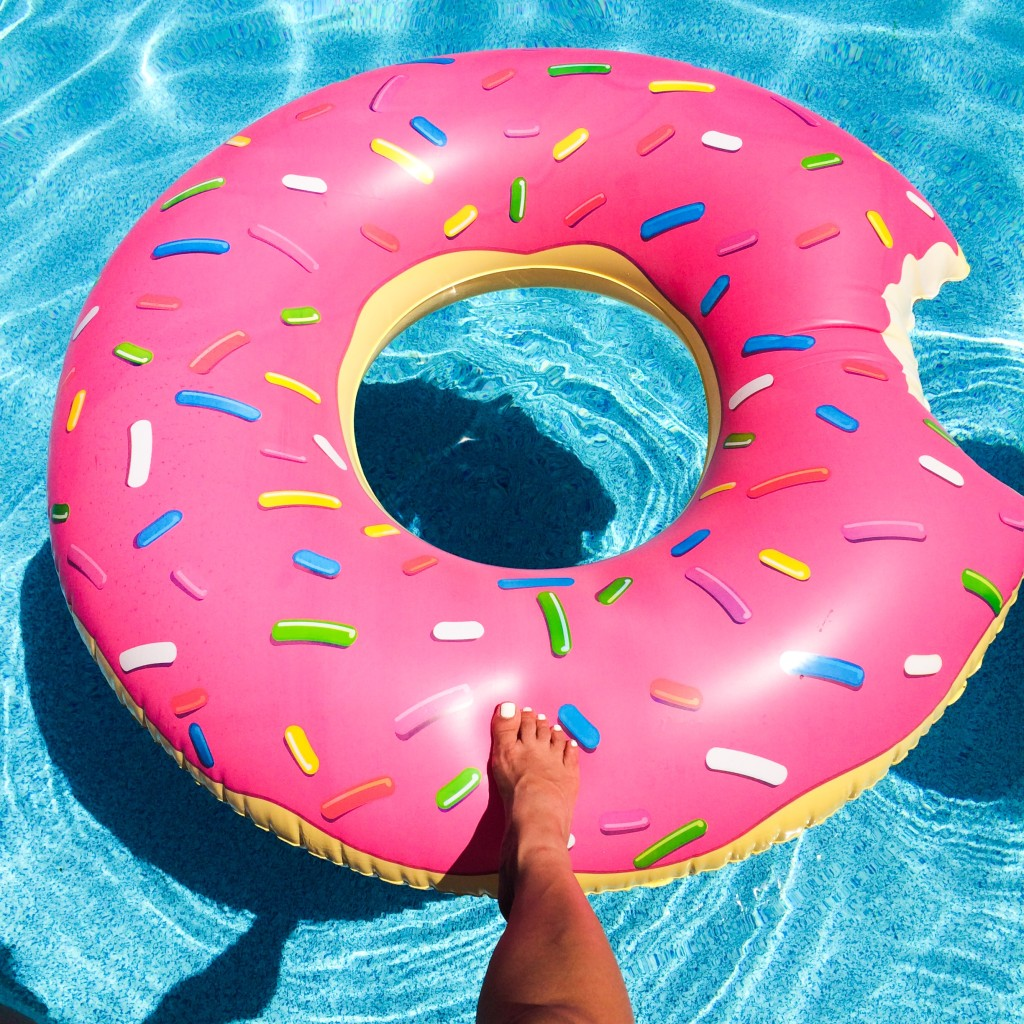 Donut-Float-2
