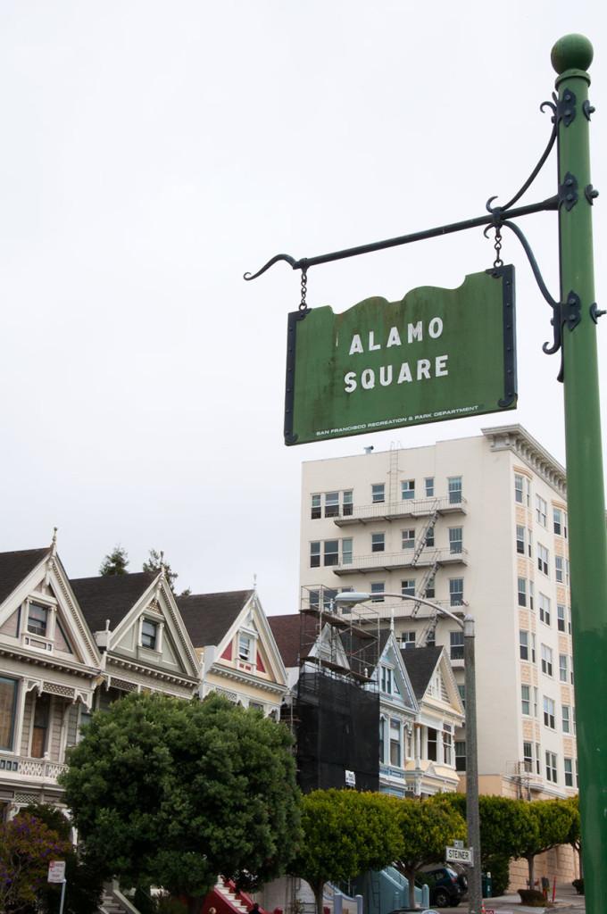 Alamo-Square-Sign