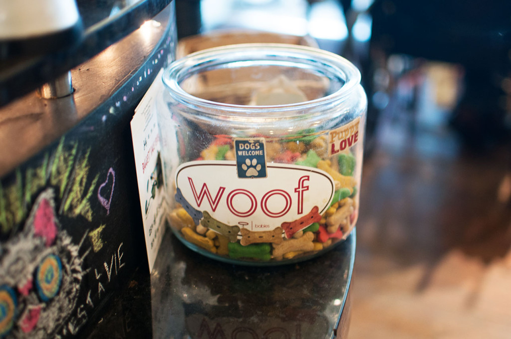 Cafe-La-Vie-Pet-Treats