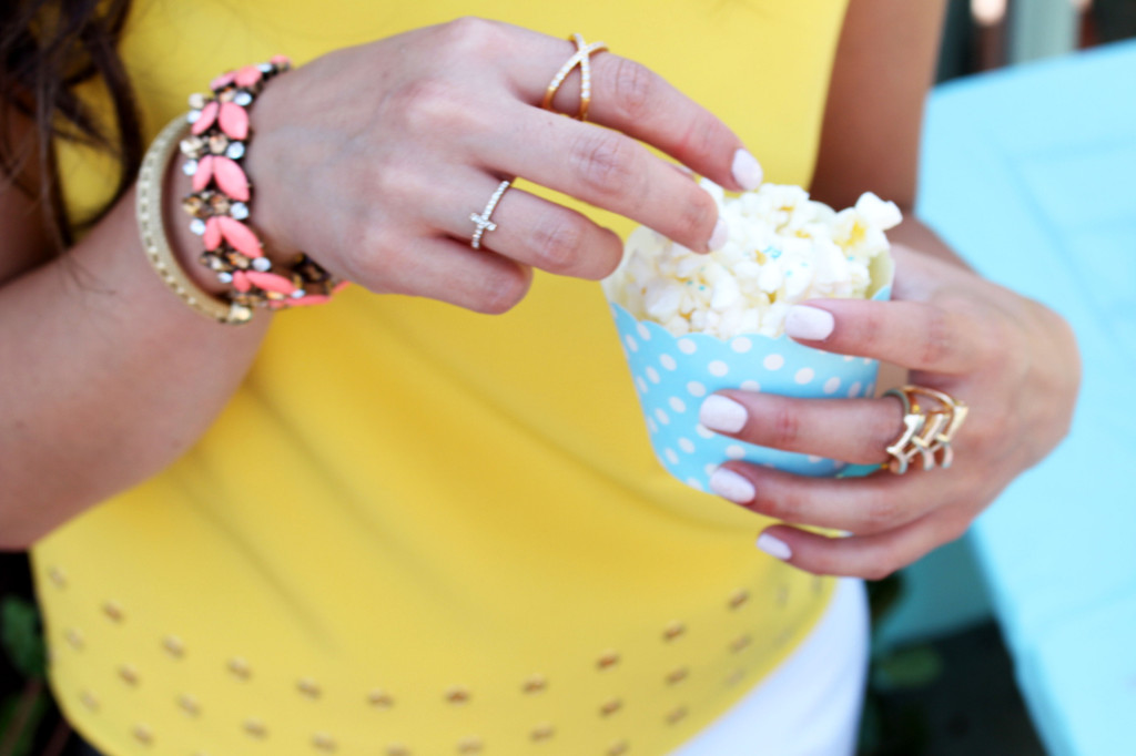 Justine-Yellow-Top-Popcorn
