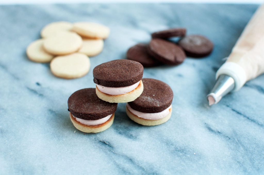 Neopolitan-Sandwich-Cookies-4