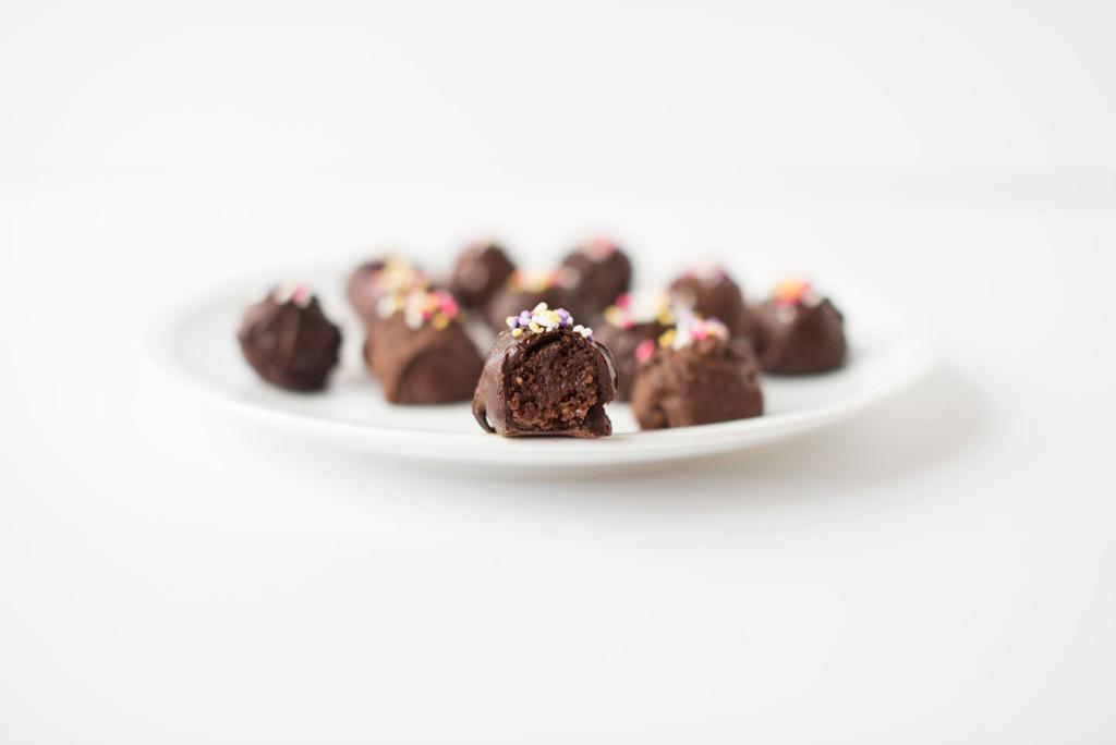 Nutella-Cake-Truffles-1